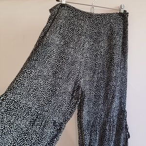 H&M pajama style cropped pants